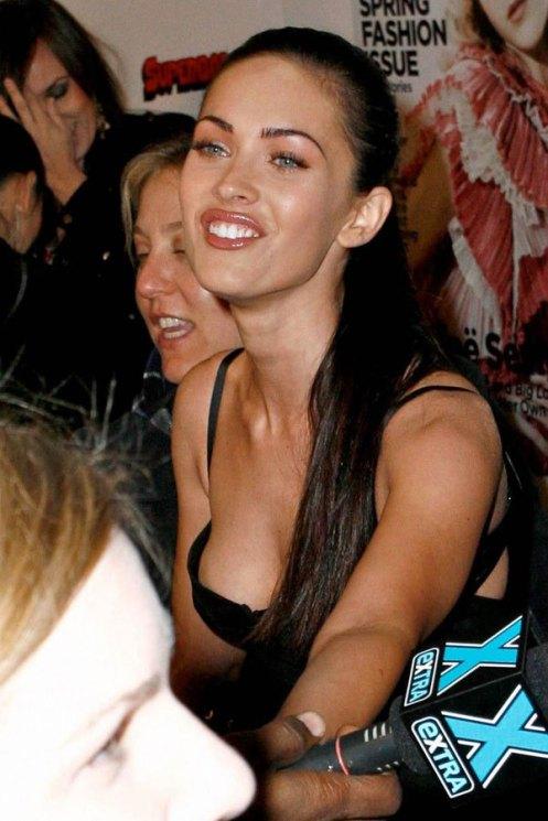 paparazzi - Megan Fox