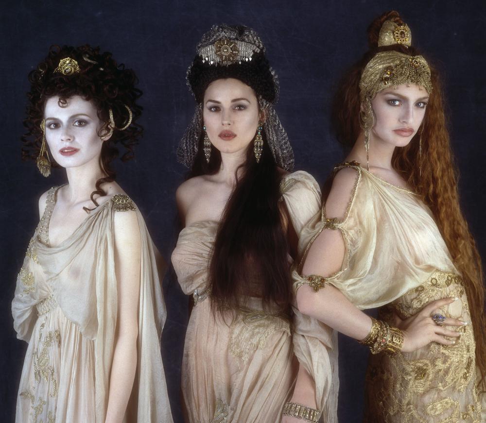 Monica Bellucci ? Bram Stoker?s Dracula 2