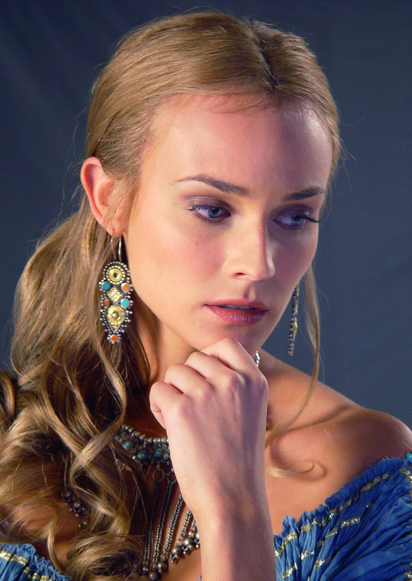Diane Kruger – Troy Movie photo gallery | Gabtor's Weblog