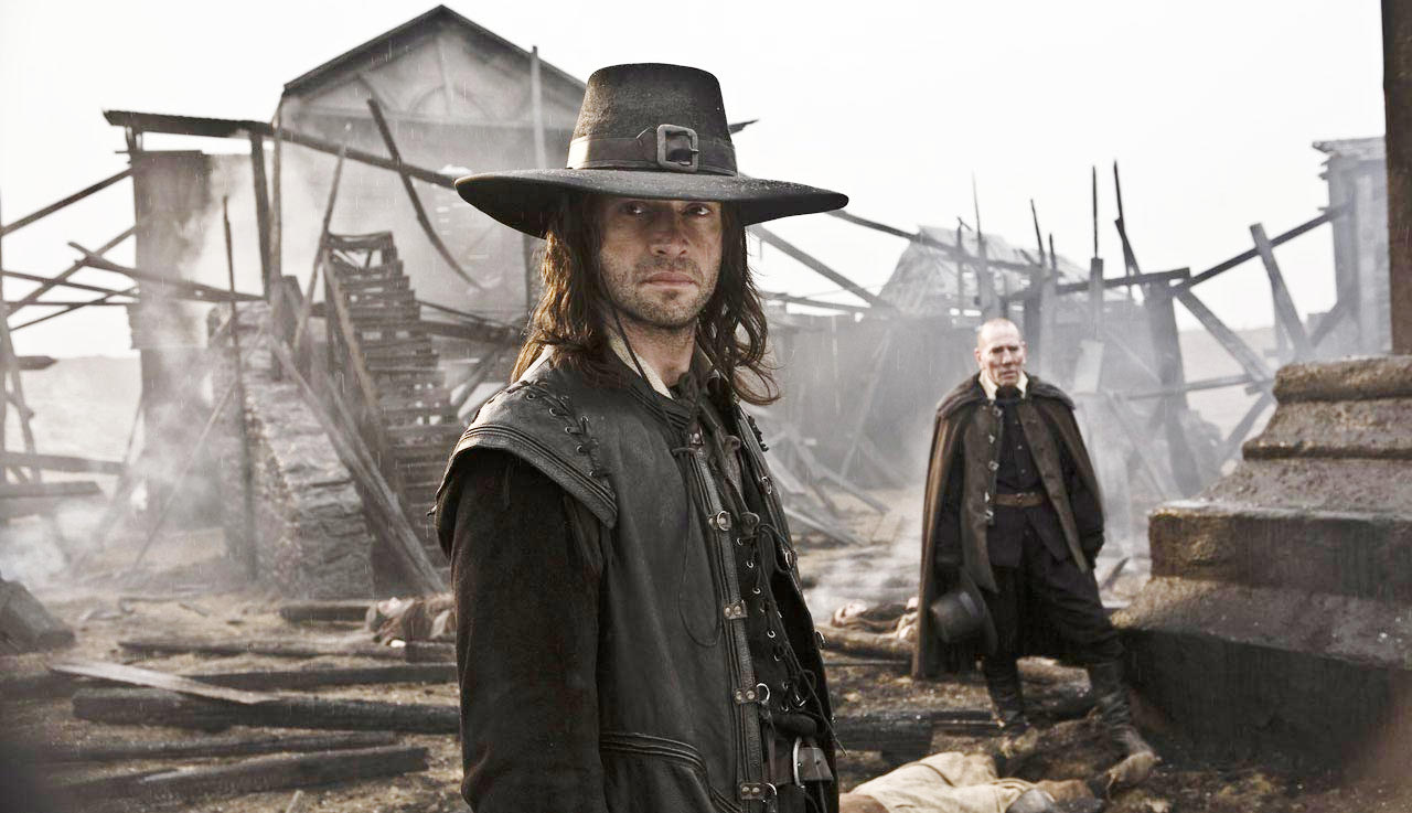 http://gabtor.files.wordpress.com/2010/03/solomon_kane_3.jpg