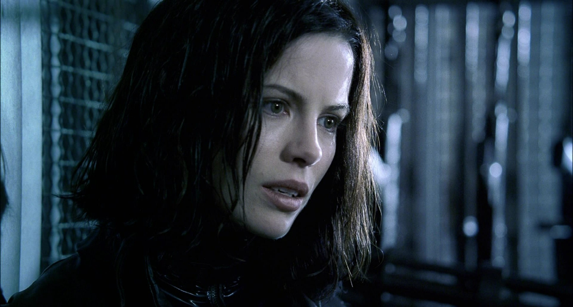 Underworld – Kate Beckinsale as Selene Photo gallery ...