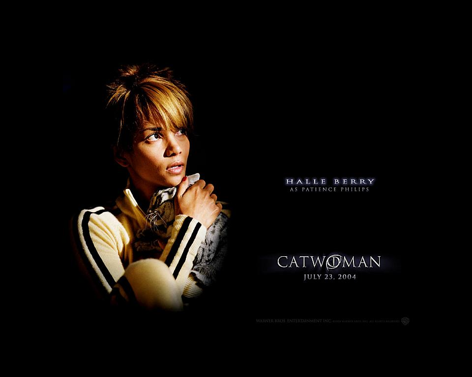 halle berry catwoman haircut. Halle+erry+catwoman+pics